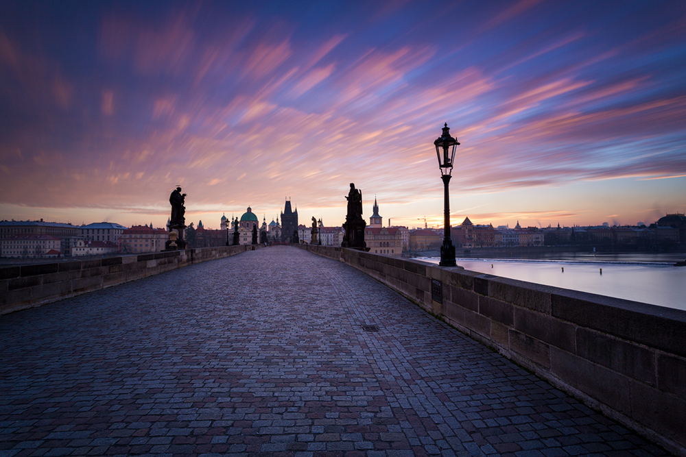 Barevné ráno na Mostě