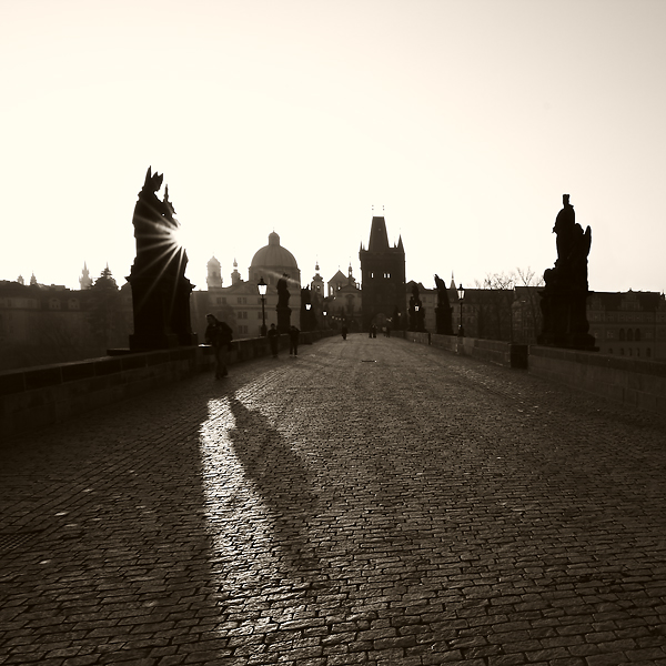Karlův most - stíny