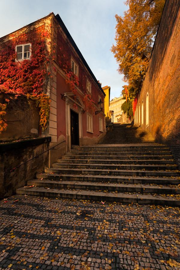 Nové zámecké schody na podzim