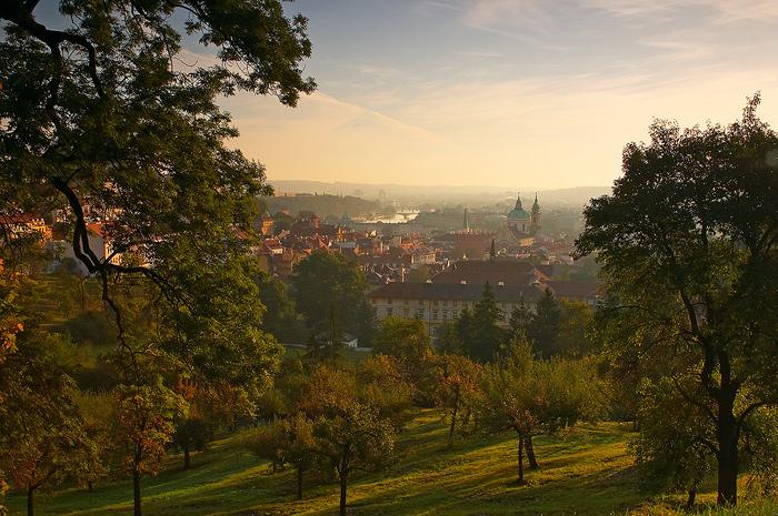 Pohled do pražské kotliny