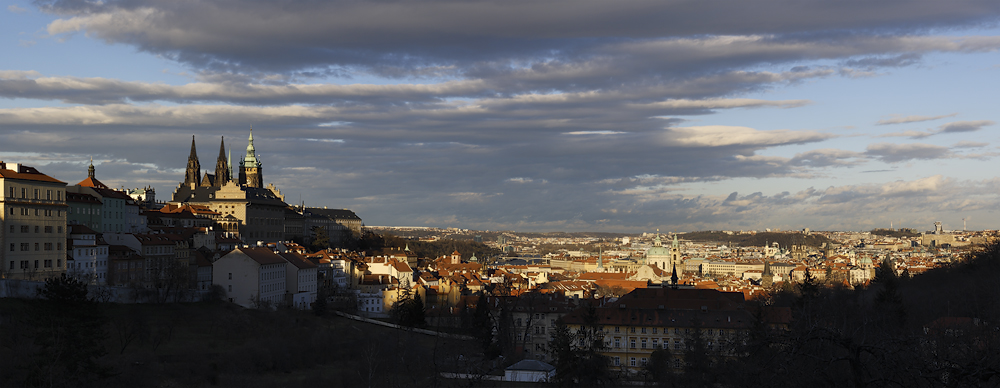 Pražská kotlina - panorama