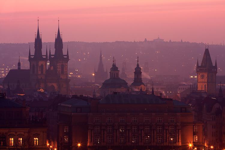 Praha a její růžová rána