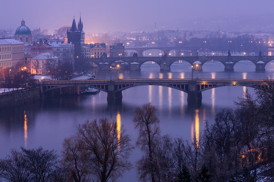 Pražské zimní mosty