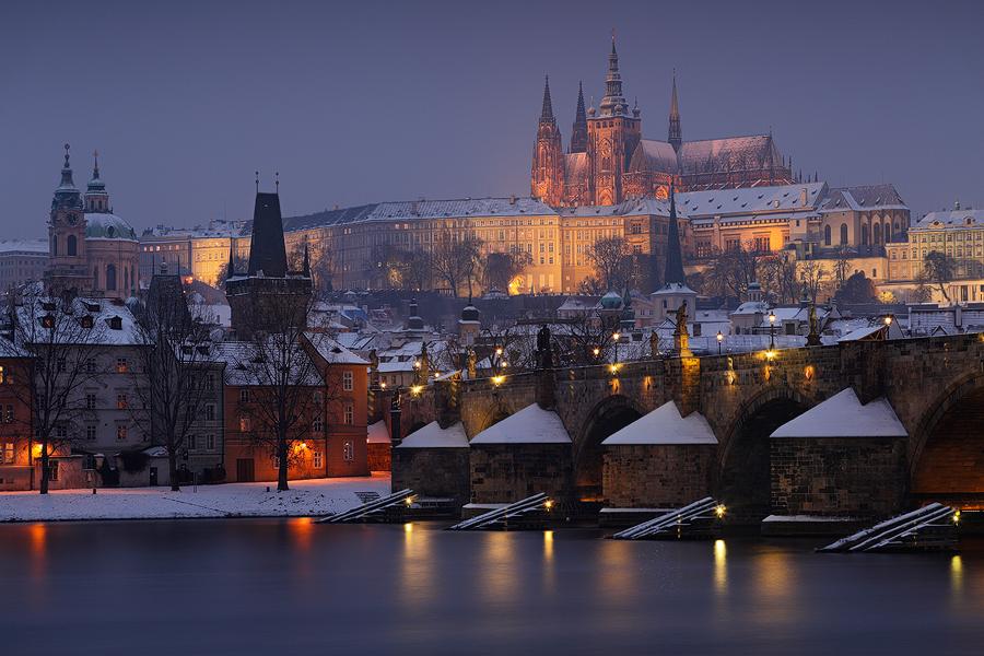 Pražský hrad s mostem