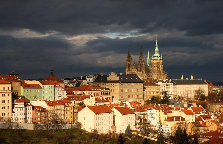 Pražský hrad před bouří