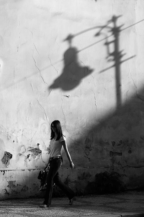 Slečna pod lampou