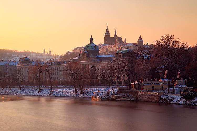 Strakova Akademie v zimě