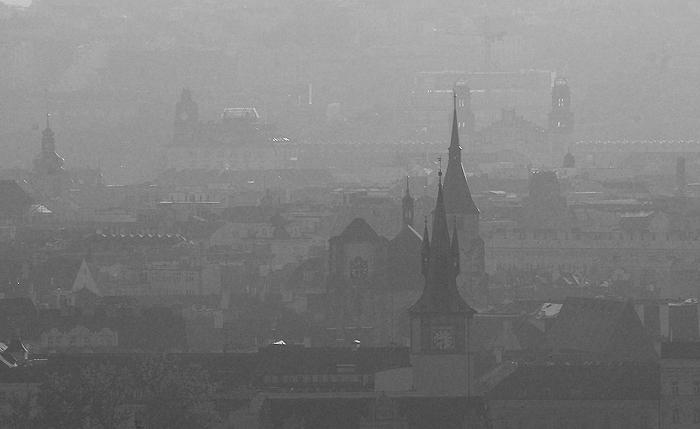 Praha utopená ve světle II.