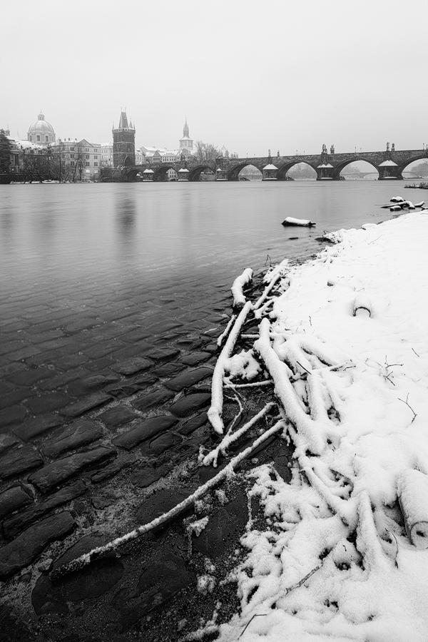 Zimní nábřeží